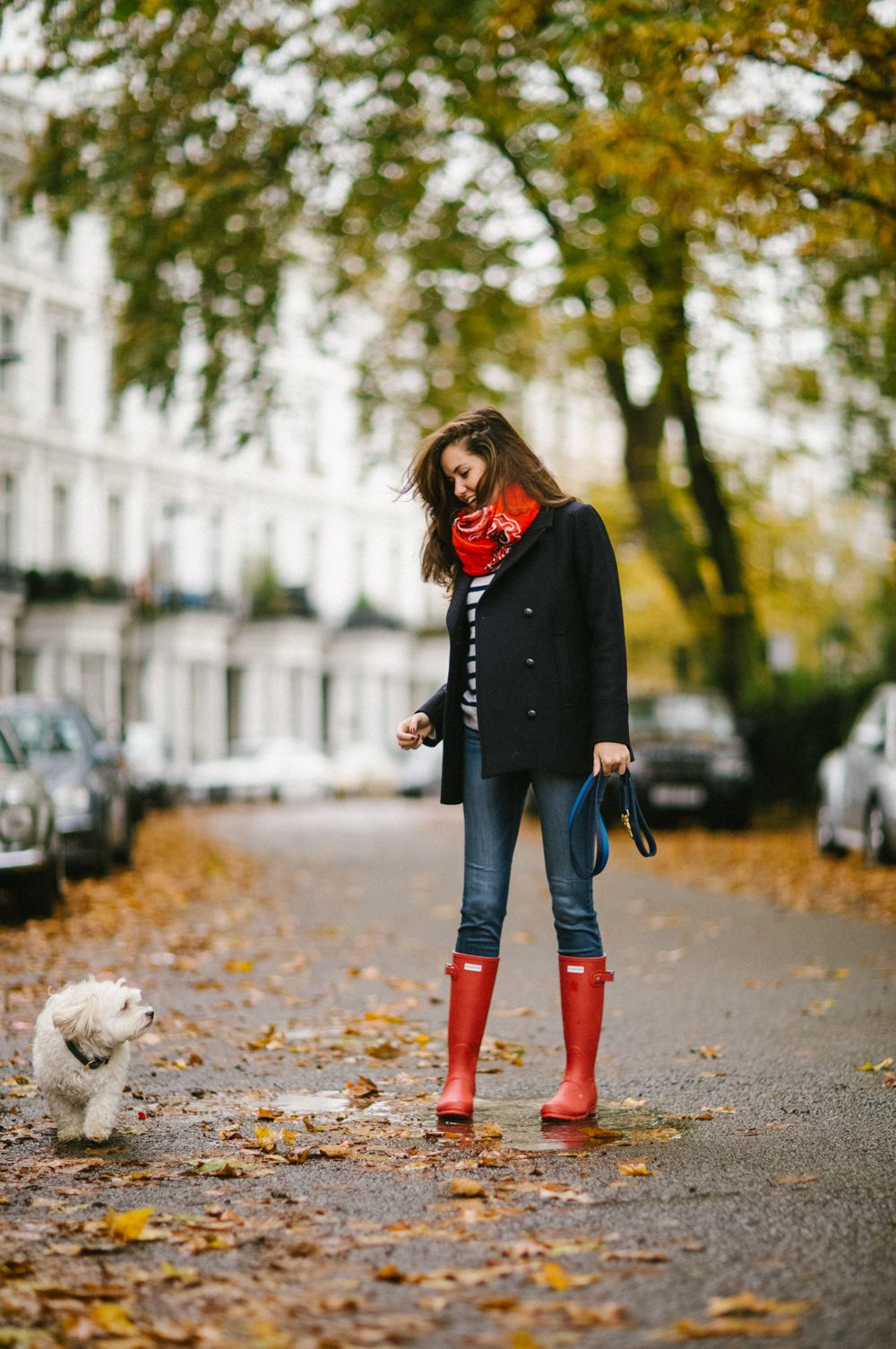 Style Blogger Rosie The Londoner with Mungo & Maud for Mulberry Dog Lead in Kingfisher.
