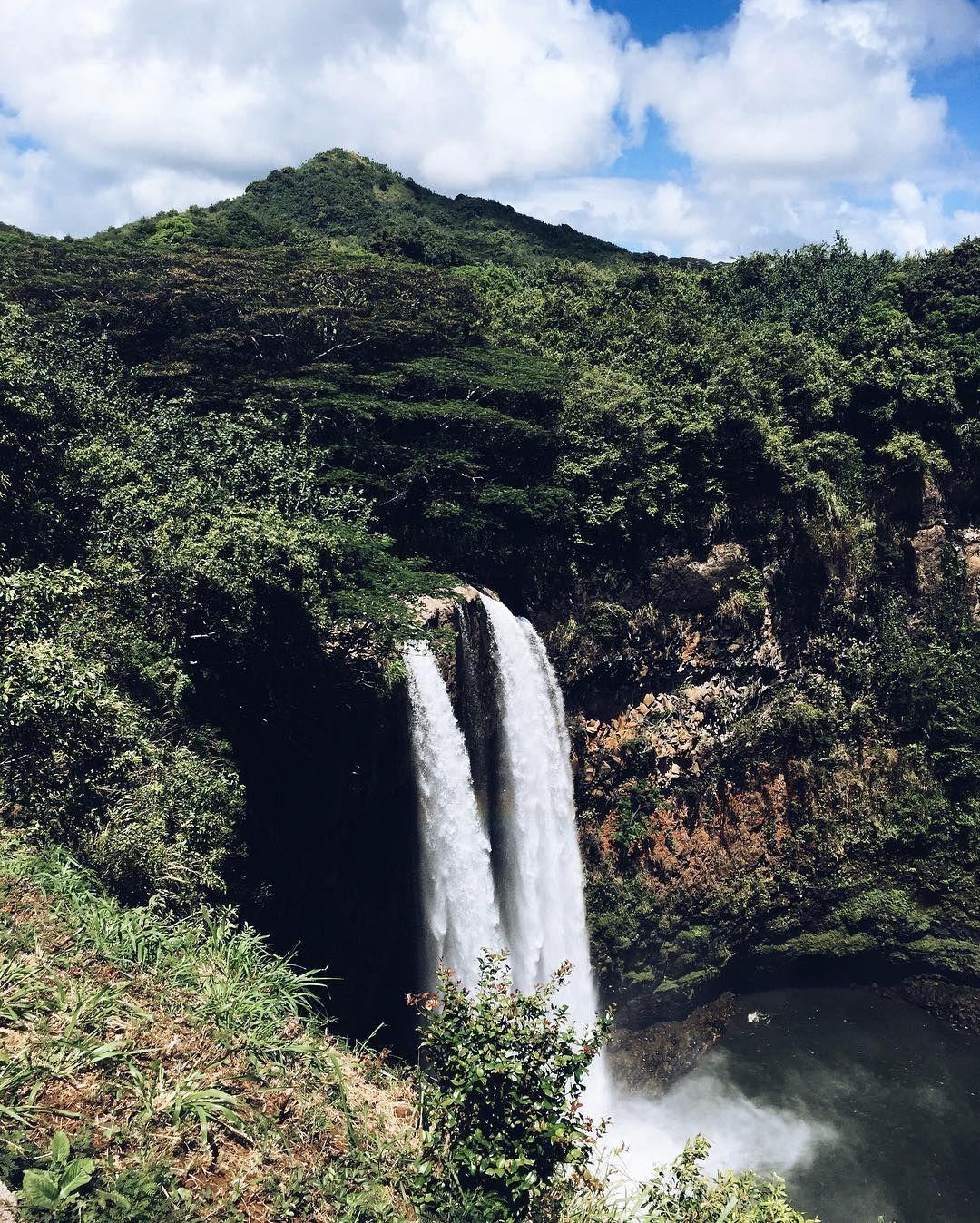 I think im falling for hawaii nuliemoon kauai