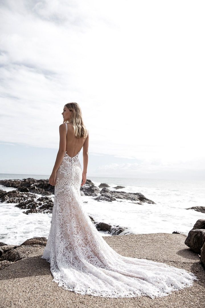 Open back lace wedding dress ,beach wedding dress with medium train #weddingdress #weddinggown #beachweddinggown