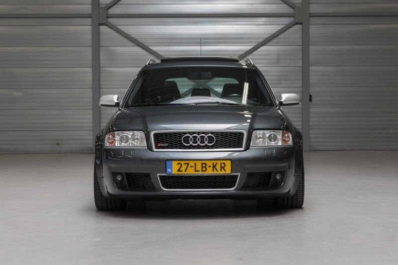 Deze Audi Rs6 Quattro Avant C5 Uit 2002 In Daytona Grey Parelmoer