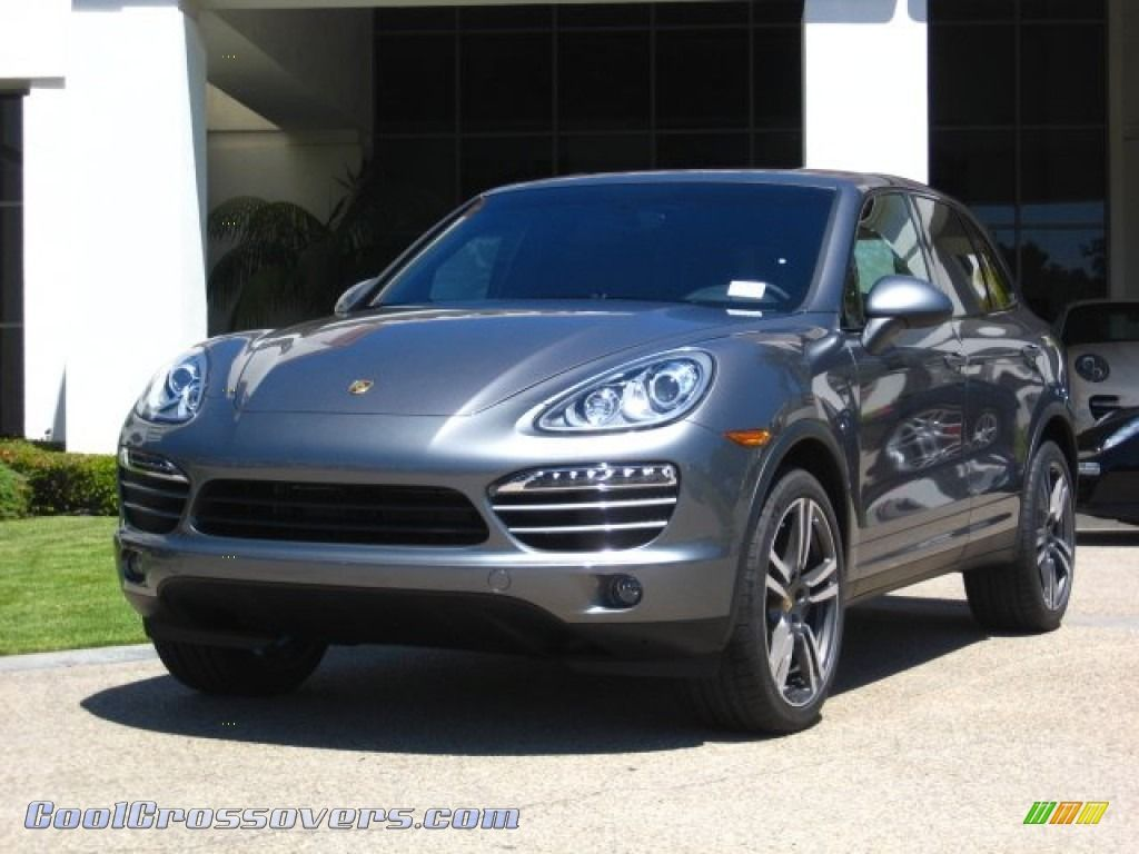 2012 porsche cayenne in meteor grey metallic