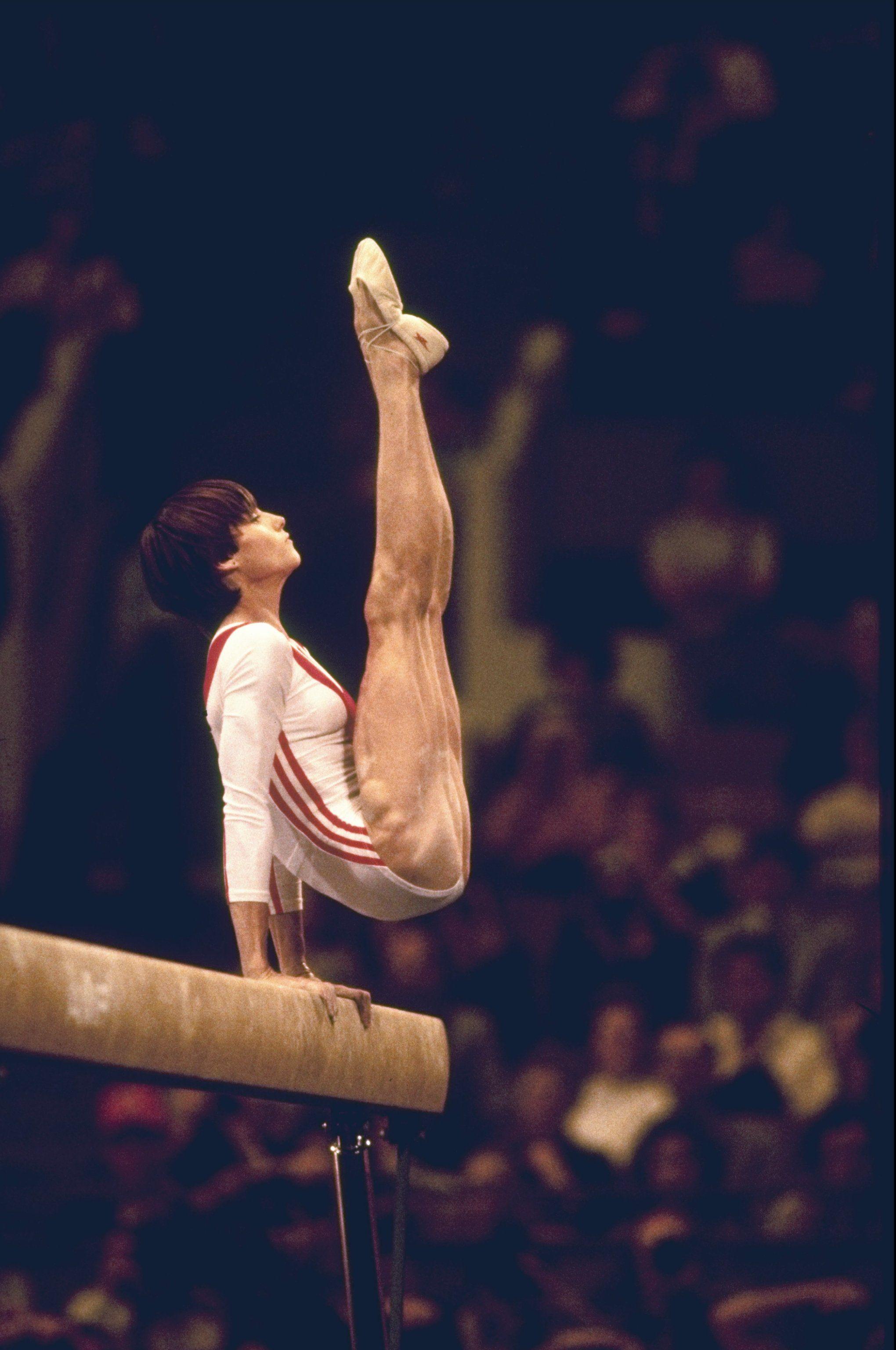 perfect 10 gymnastics   montreal gimnasta nadia rumana comaneci