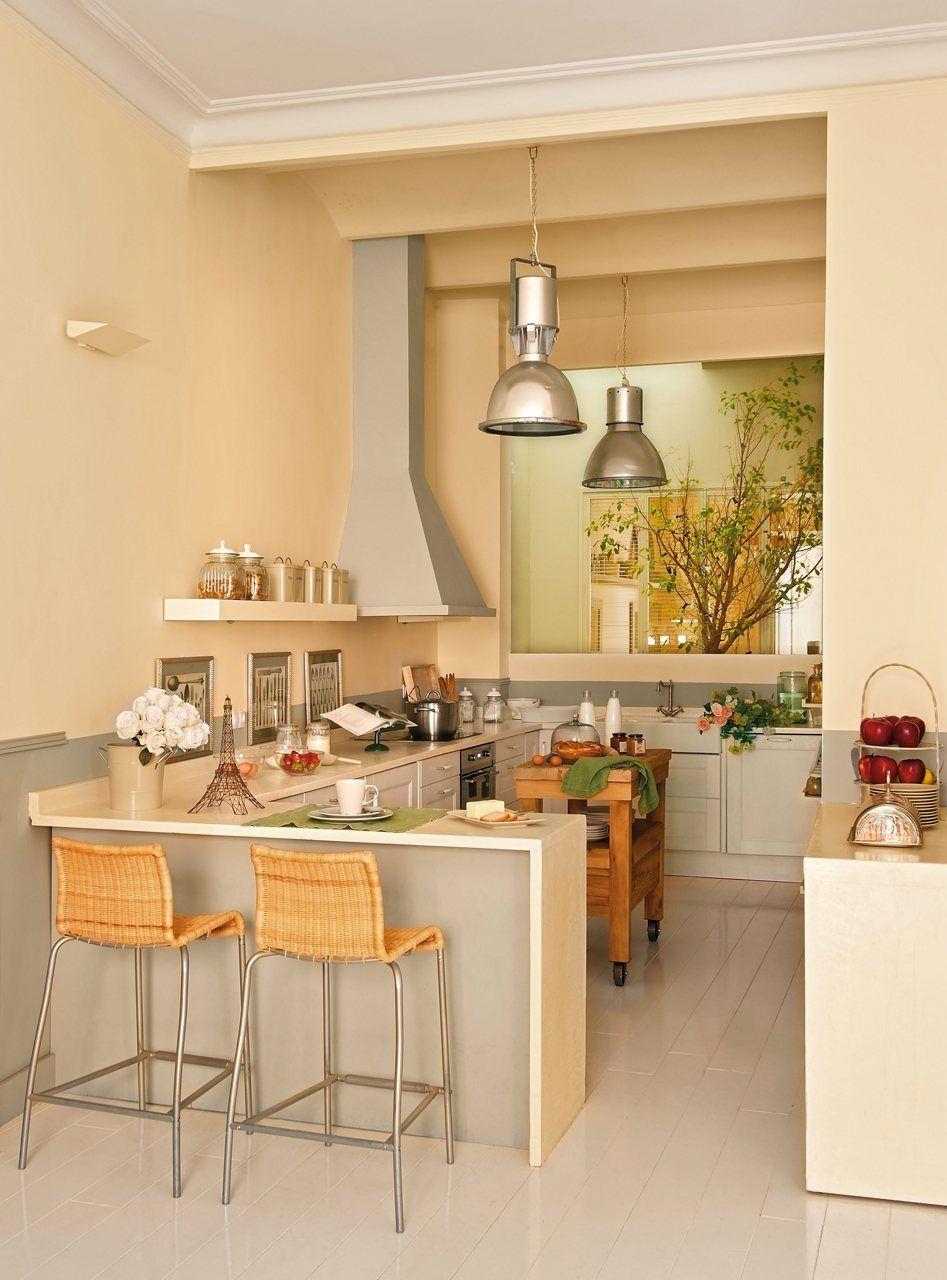 Una casa para 4 mujeres d cocinas despensas y sus - Decorar cocina comedor pequena ...