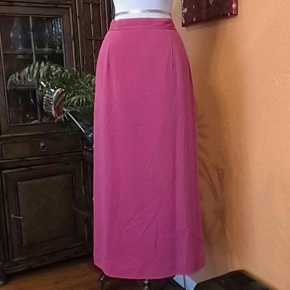 Elegant Skirt Signature by Harve Benard Skirt Signature by Harve Benard,100%polyester,pink. Signature Skirts Maxi