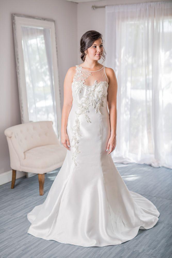Maggie Sottero New Never Worn 8274 For Rent Or Sale Online Wedding Dresses Under 1 0 Rental Wedding Dresses Wedding Dresses Wedding Dresses For Sale