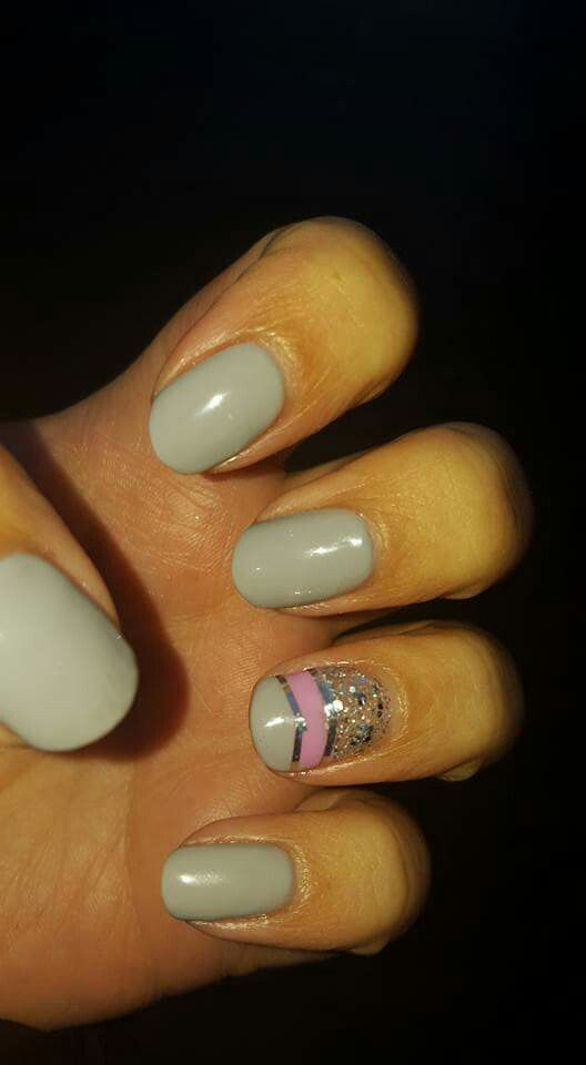 Grey, pink and glitter nails