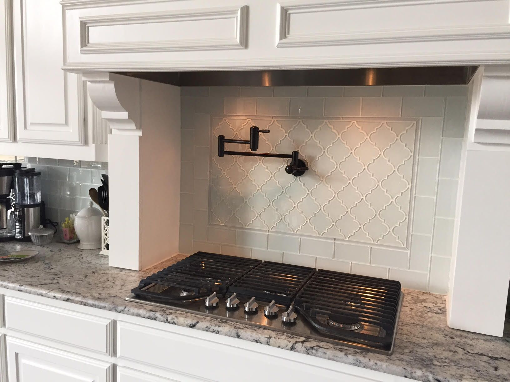 Gray subway and arabesque tile for kitchen backsplash kitchen gorgeous hood wall design using white arabesque glass tile white subway glass tile and dailygadgetfo Gallery