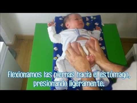Ayudar a hacer caca a un bebe