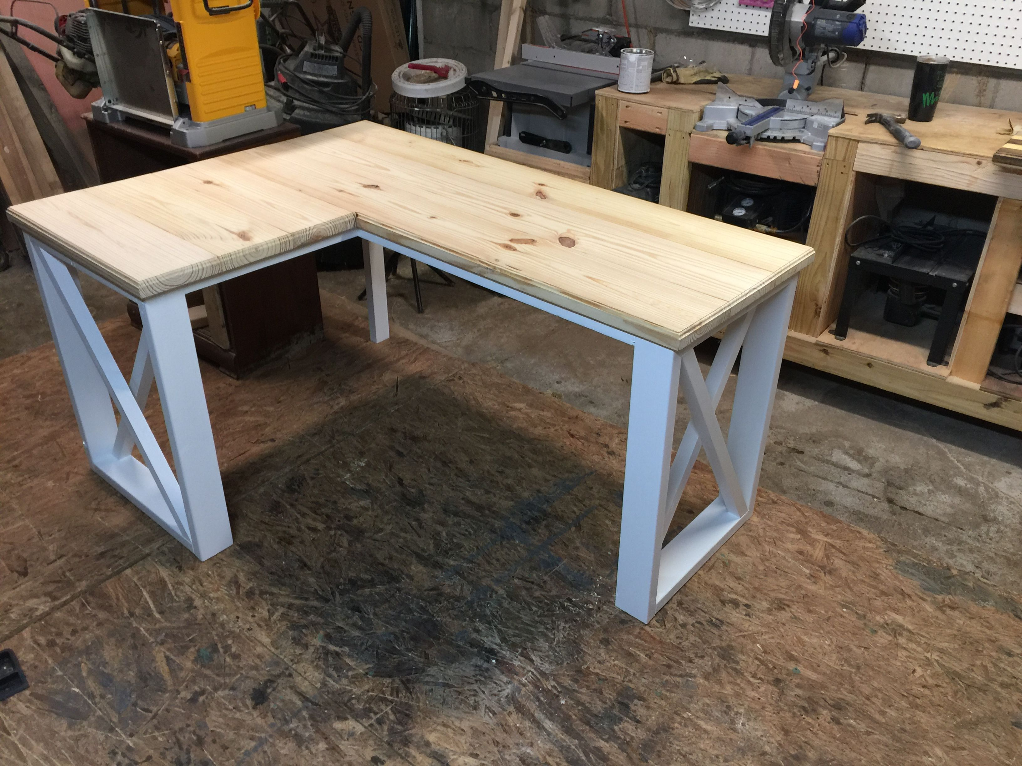 L Shaped Manicure Table Part - 20: L-shaped desk created using 2x4u0027s and 2x8u0027s