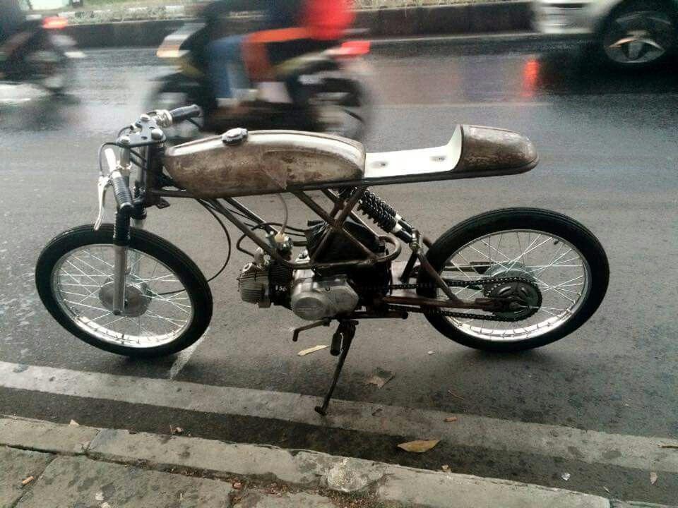 pin de freak hansen en cafe racer moto 4 roues y roue. Black Bedroom Furniture Sets. Home Design Ideas