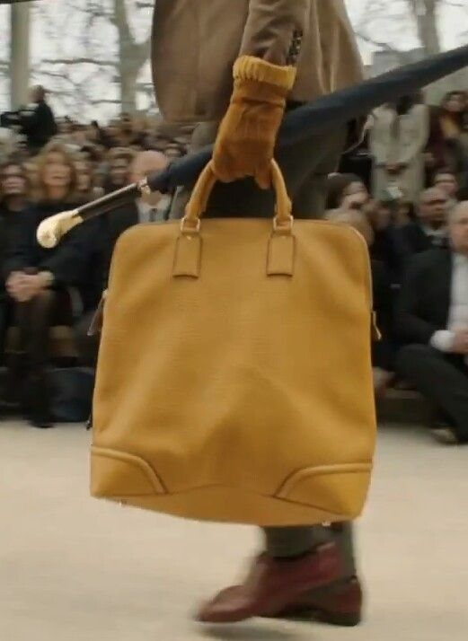 Burberry bag. Cute!!
