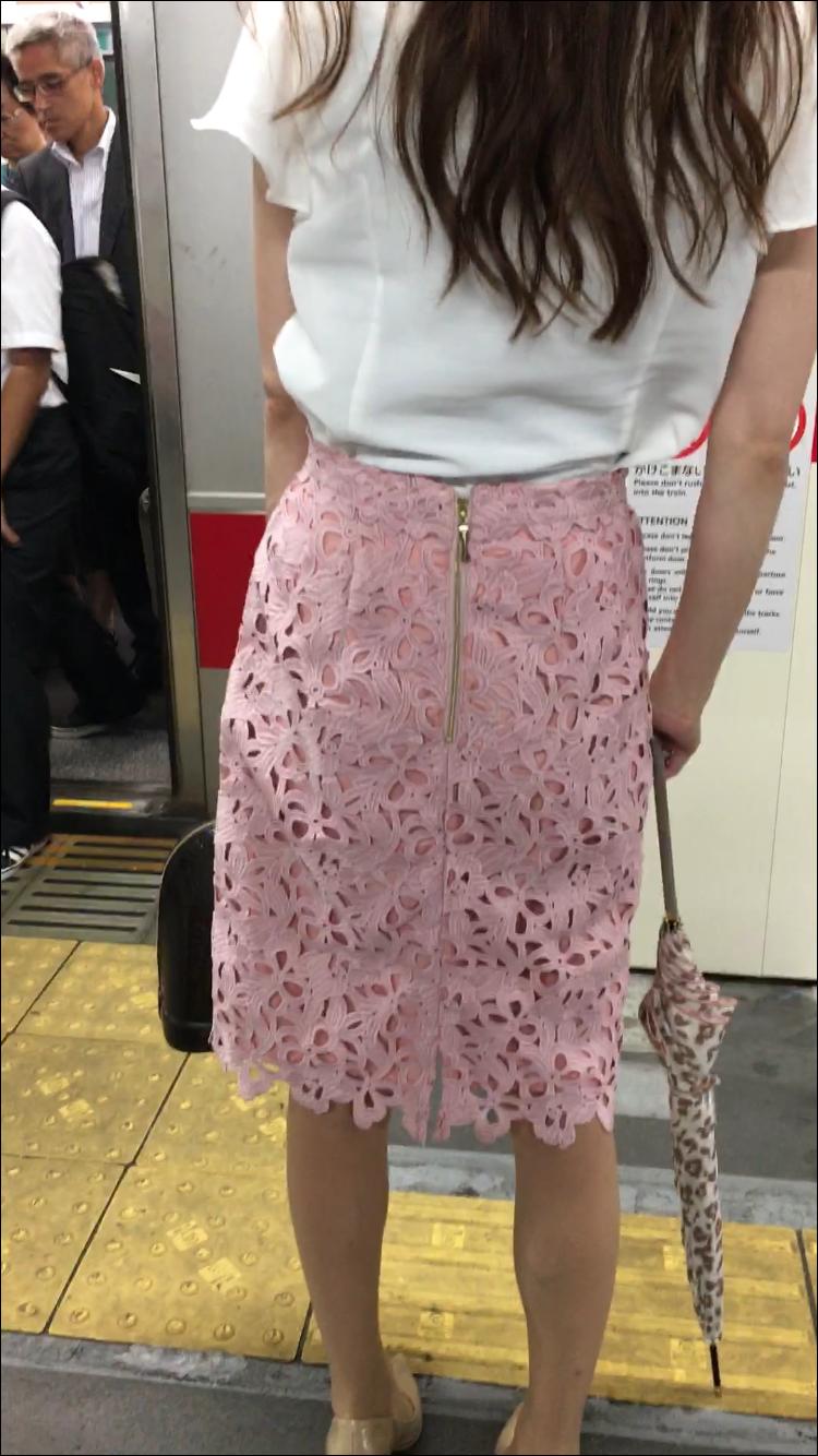 スカートのファスナーってたまらん!(^ω^)! [無断転載禁止]©bbspink.comYouTube動画>2本 ->画像>1075枚