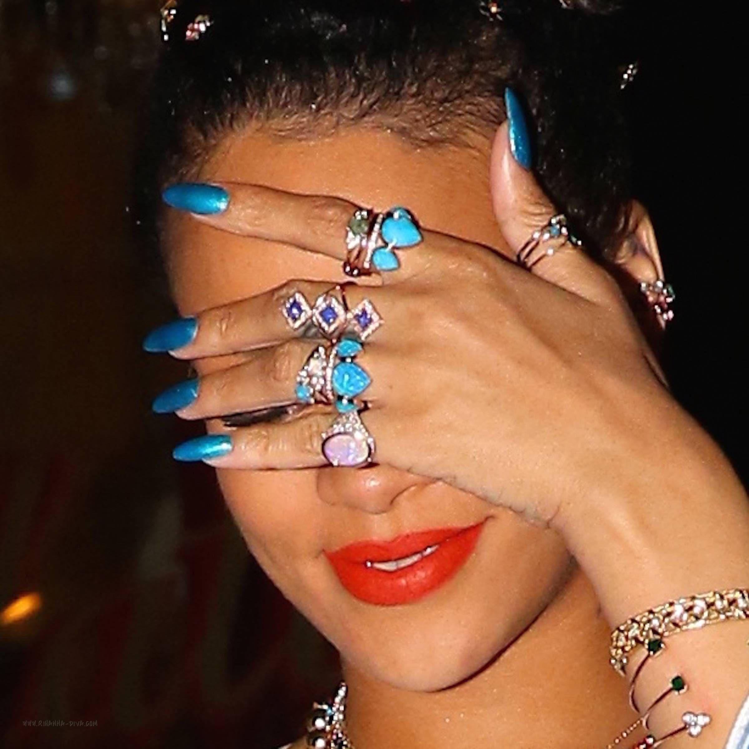 Rihanna Manicure Blue Turquoise June2016 Nails Fenty
