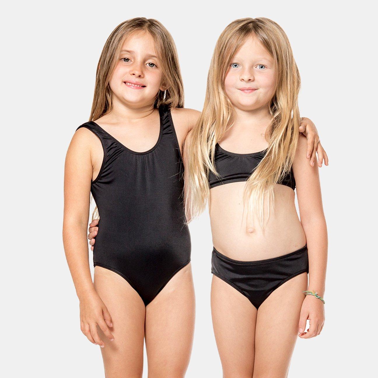 identical-twin-little-girls-in-bikinis-latina-tits-vids