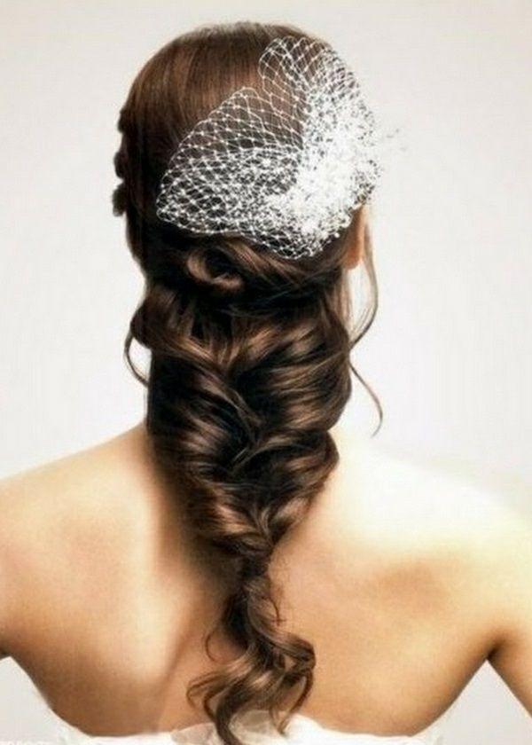Brautfrisuren geflochten mit schleier  Hochzeitsfrisuren zum Nachmachen für die moderne Braut ...