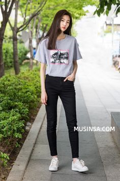 Official Korean Fashion : Korean Street Fashion More