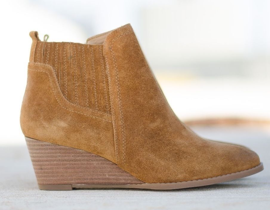 fdbbbffb267 FRANCO SARTO Wayra 7 7.5 W Wide Brown Suede Zip Up Round Toe Booties Ankle  Boots  FrancoSarto  AnkleBoots