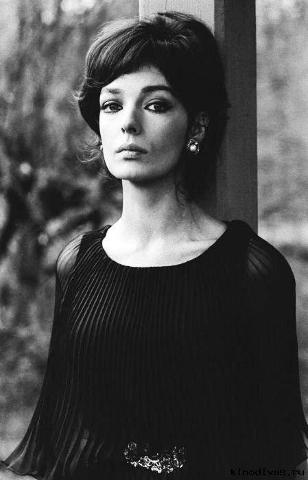 Marie Laforêt Actrice, Coiffure et beauté, Dalida