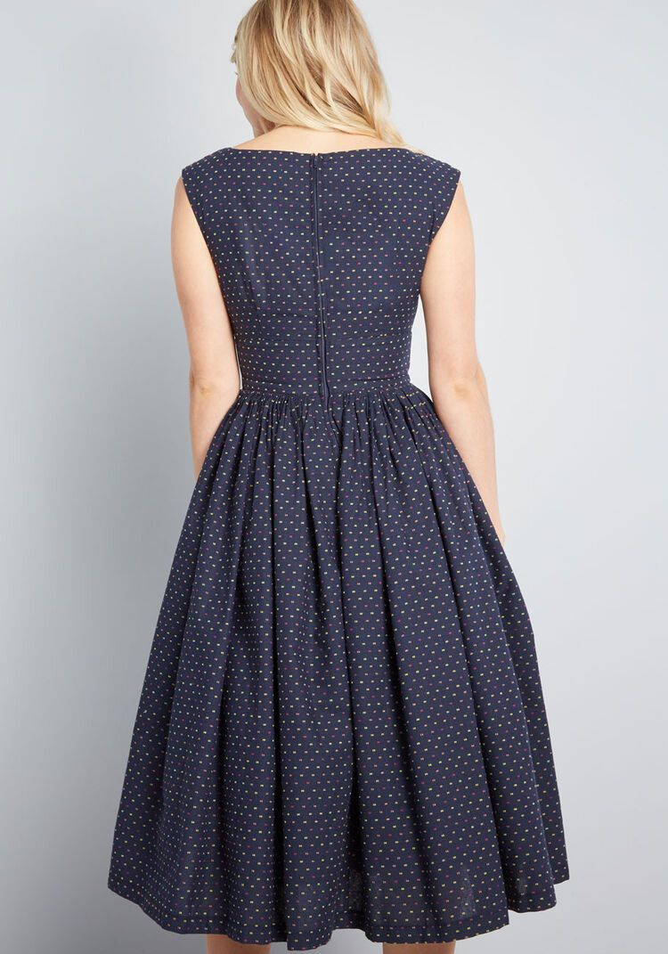 Fabulous Fit And Flare Dress With Pockets In 2020 Flare Dress Mod Cloth Dresses Womens Midi Dresses