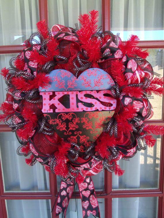 Valentine S Day Deco Mesh Door Wreath In Red And Pink Valentine