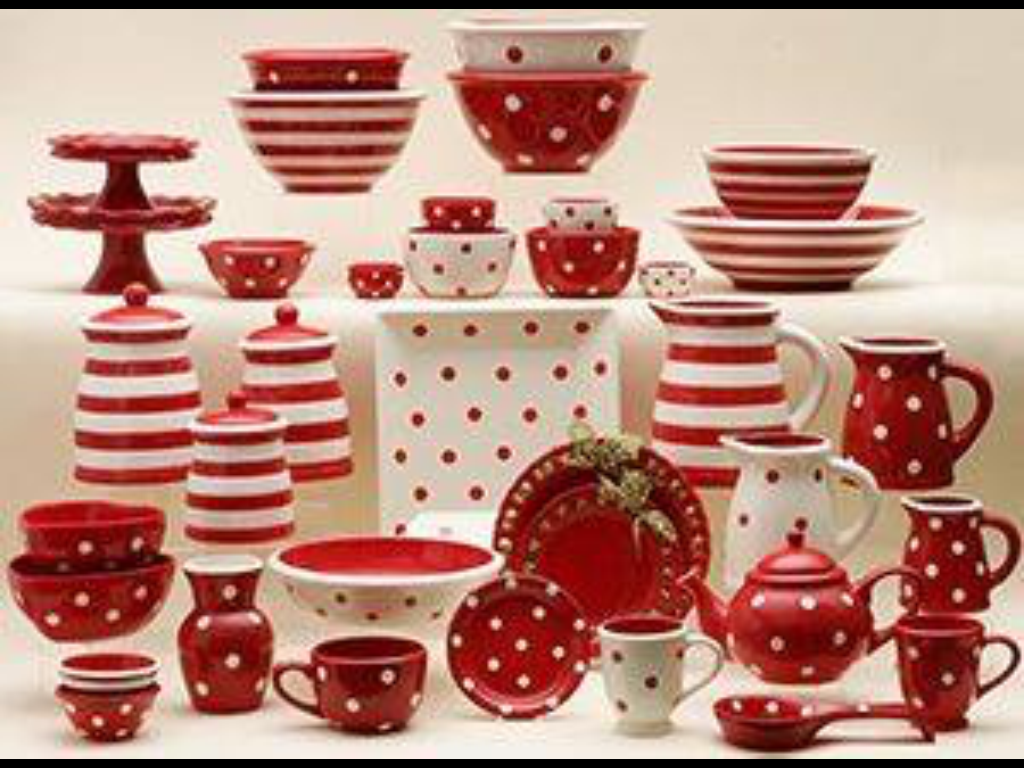 Pin By Tj Johnson On Red And White Christmas Dinnerware Red And White Kitchen Red Dishes
