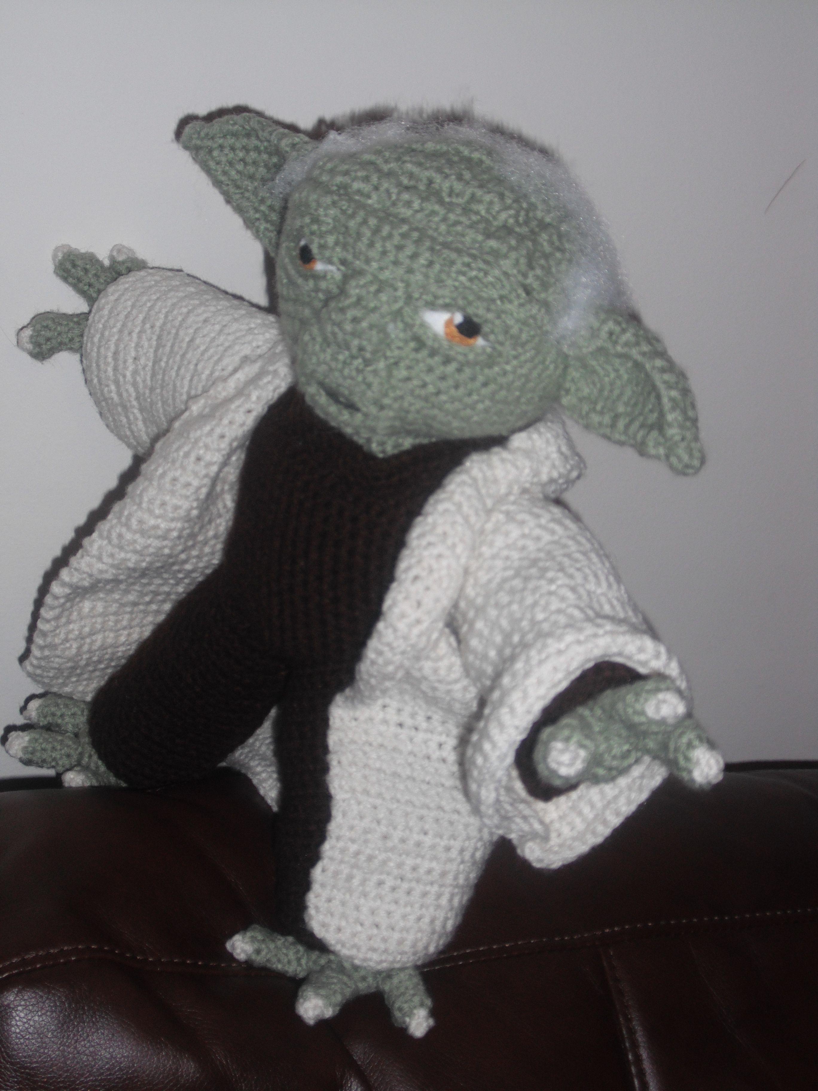 Yoda | crochet | Pinterest | Patrón gratis, Patrones y Personajes ...