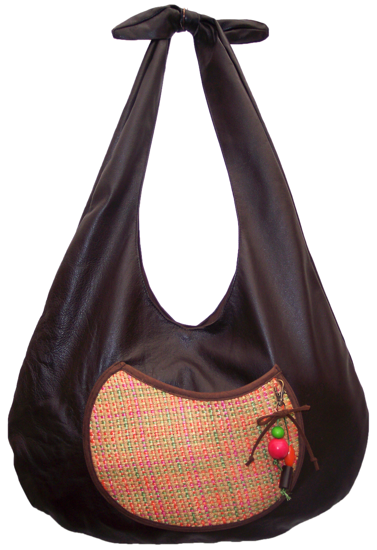 $90.000 COP Bolso elaborado en cuero con bolsillo en tela