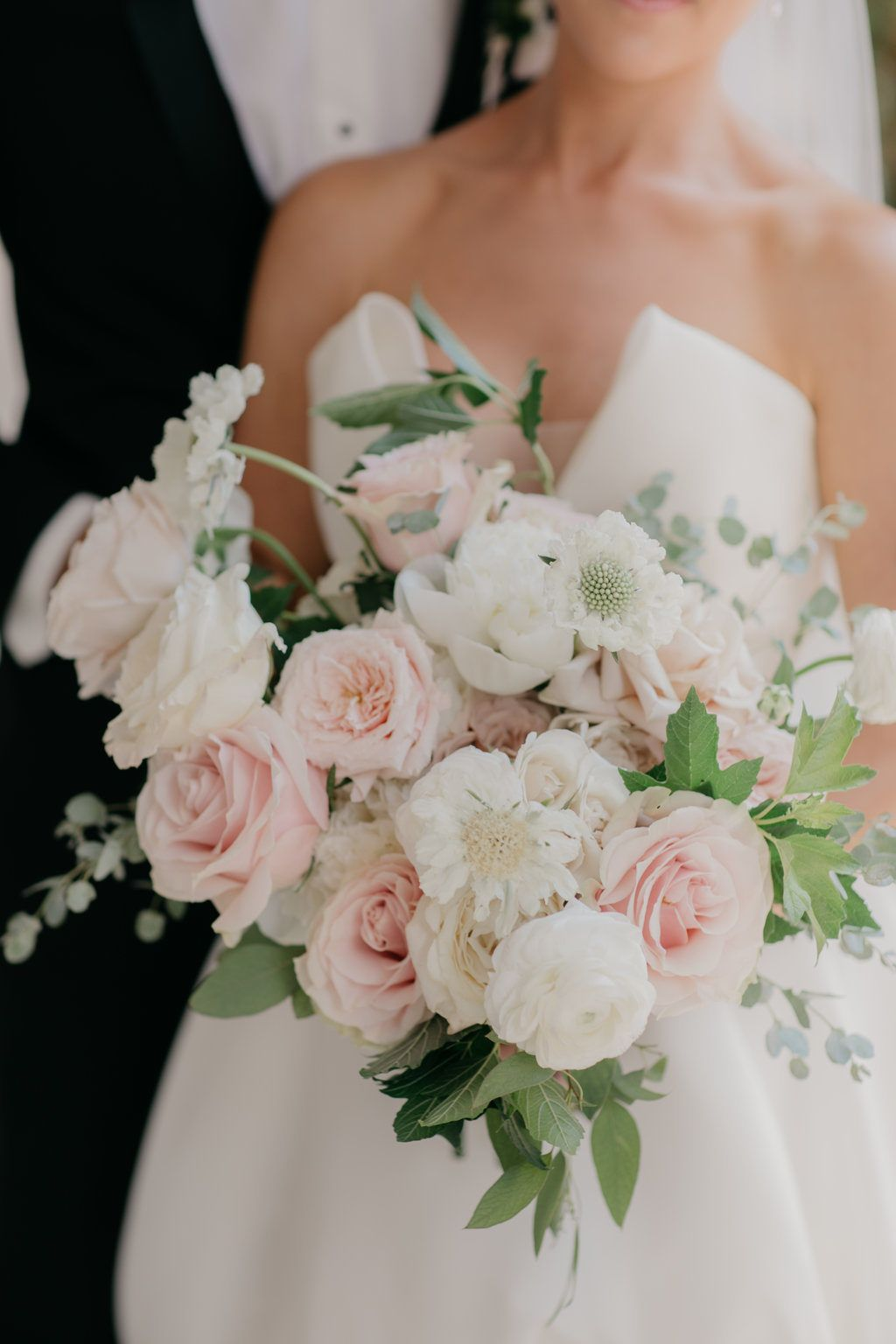 French Garden Wedding in Omaha at Happy Hollow Country Club