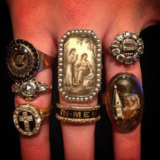 Dating micro mosaic jewelry portobello