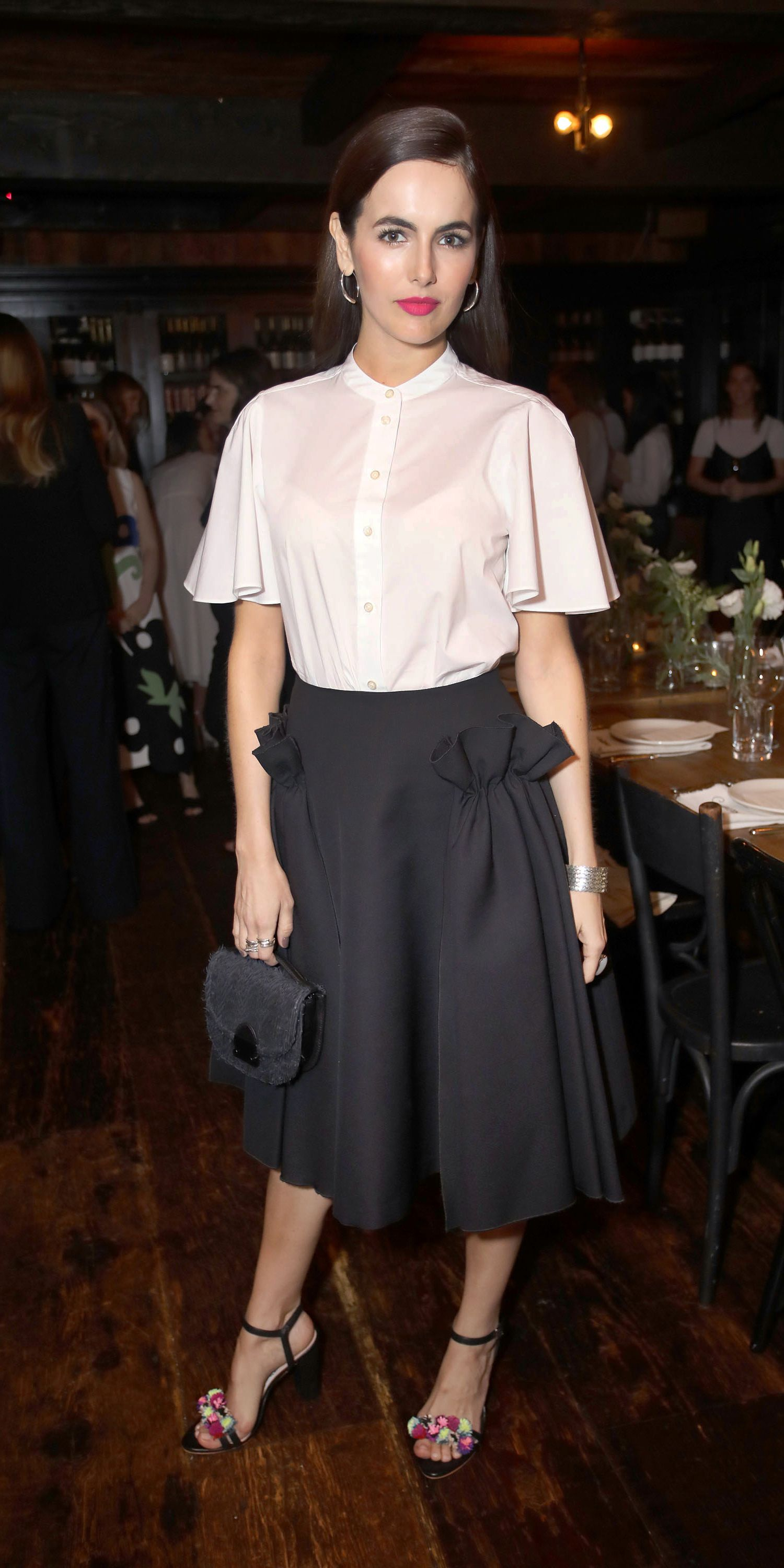 7c6c6911 Camilla Belle showed us how to wear the midi skirt and how to wear the midi