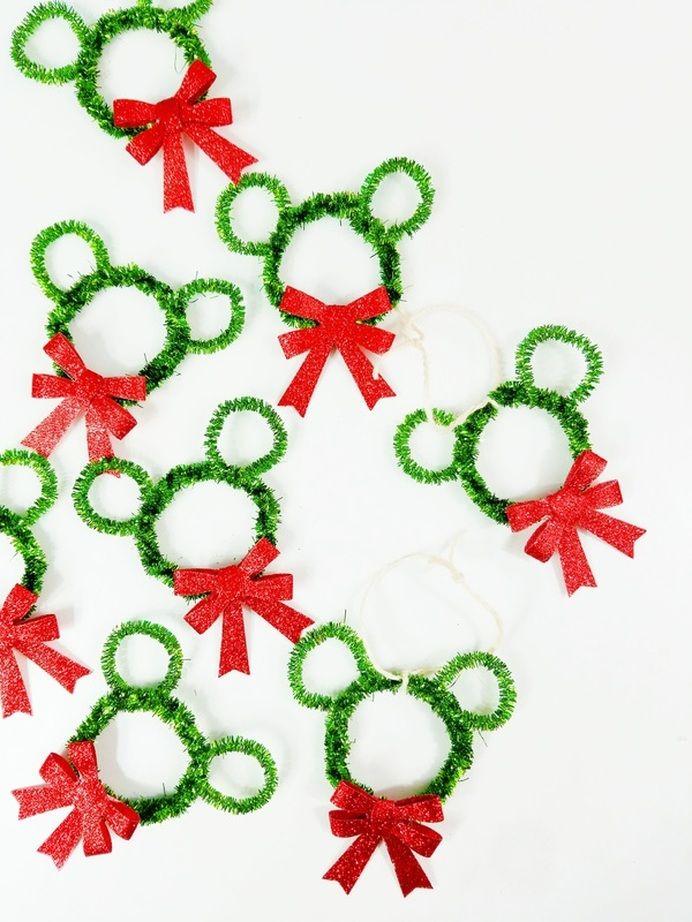 Souvent DIY Mickey Mouse Wreath Ornaments | A Waltz Through Disney  MS59