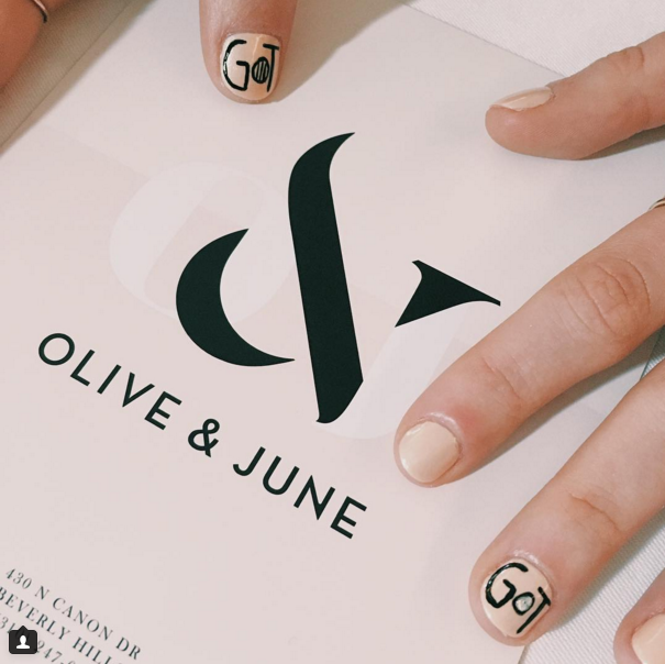 Maisie Williams\' nail art is the perfect way to share your \'Game of ...