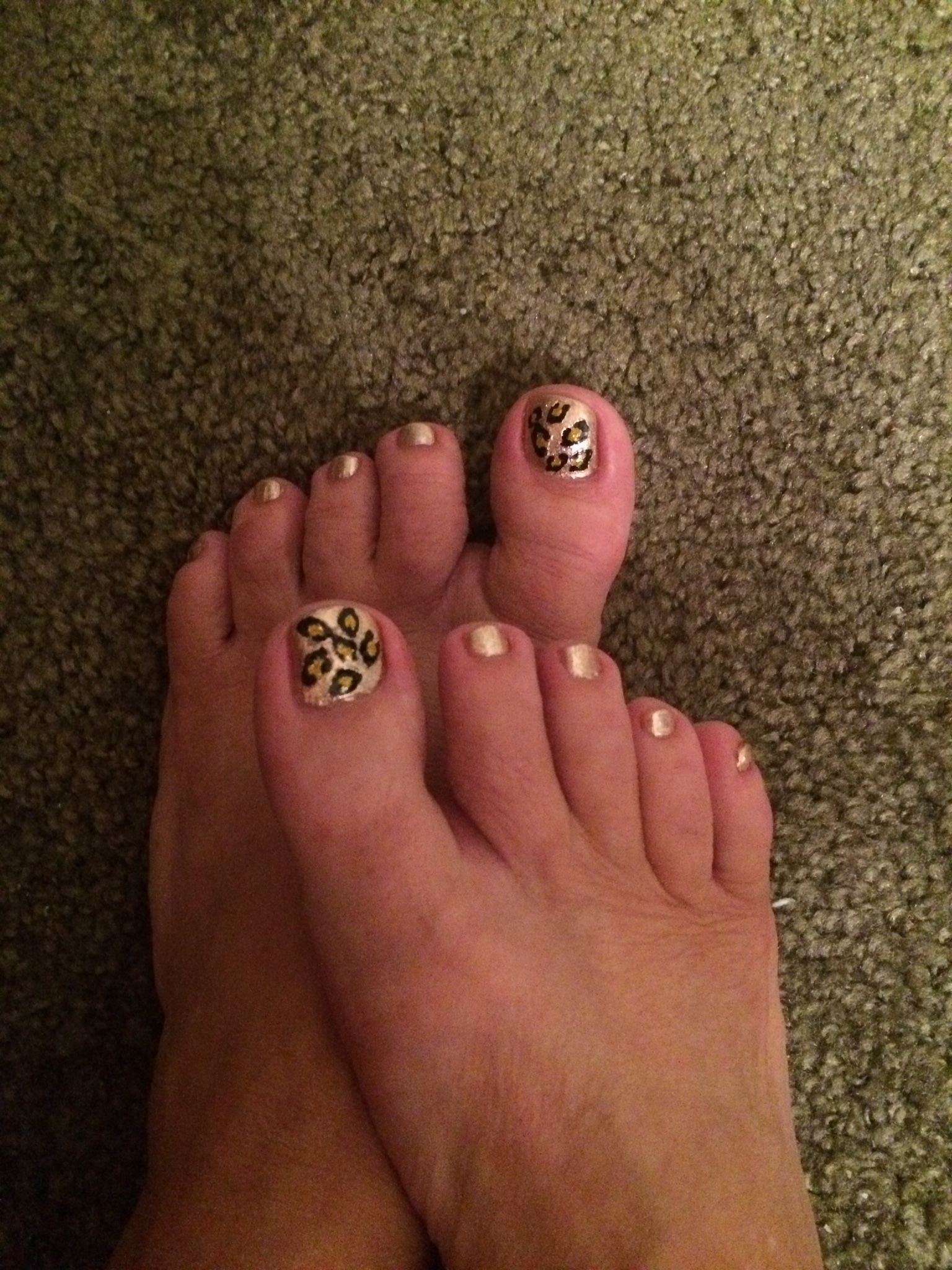 My first try at do-it-yourself pedi!