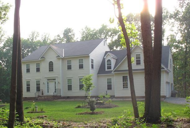 Uphill House B&B in Gordonsville, VA. Gorgeous house with wonderful hosts!