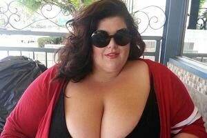 Super sized women dating