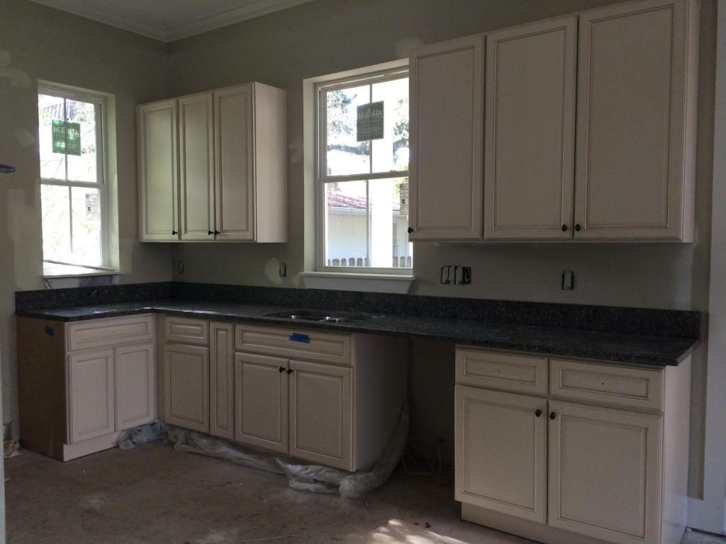4667 Oakwood Avenue North Charleston, SC 29405 | Kitchen ...