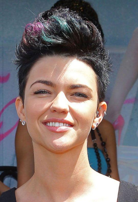 Celebrity Faux Hawk Haircut For Women In 2018 Cosmetology 3