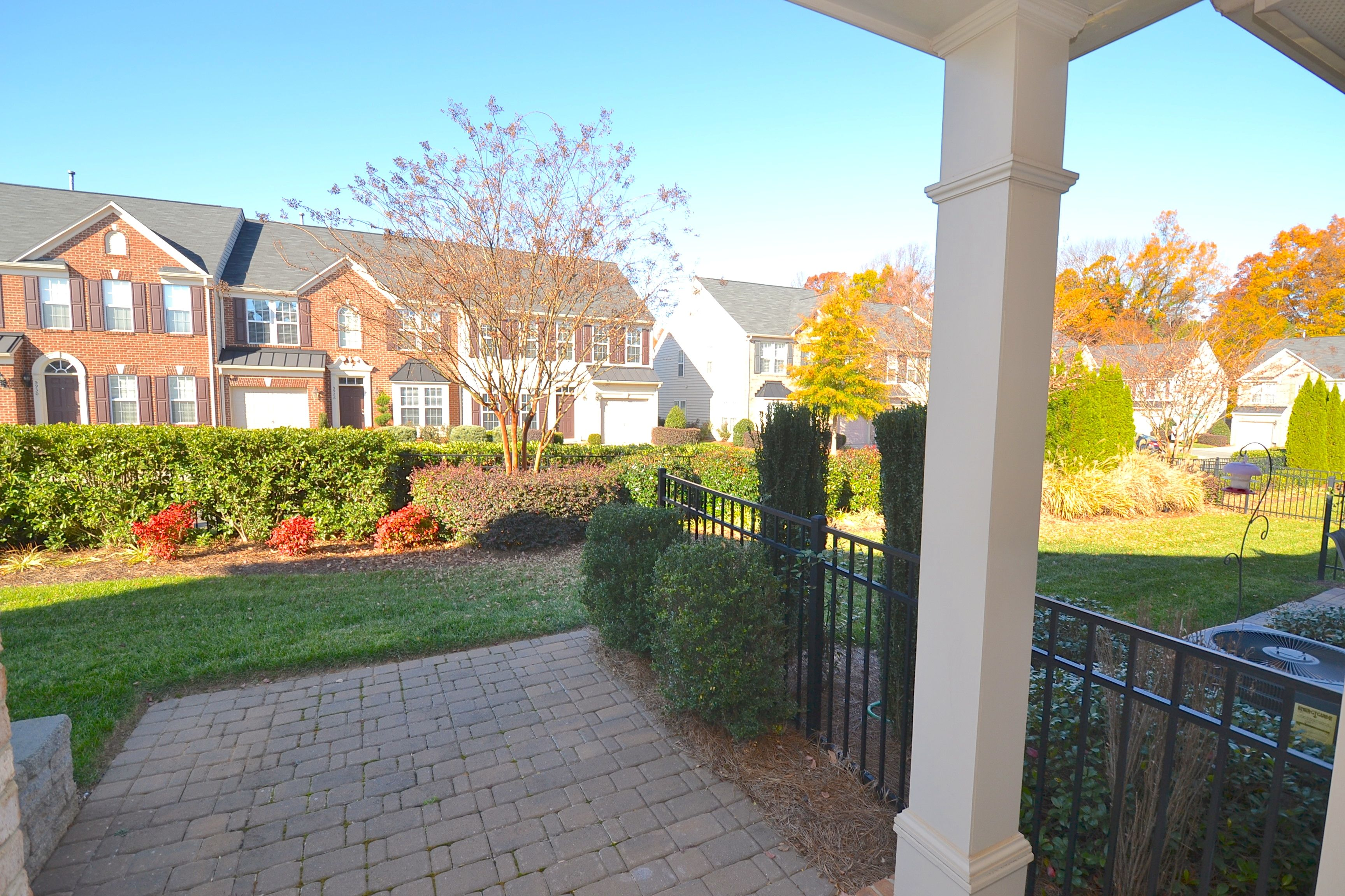 Top of the line townhome! Former Model Home! Gorgeous backyard! 6424 Union Station Court, Charlotte, NC 28210, USA http://www.leighsells.com/listings/6424-union-station-ct-charlotte-nc-28210/