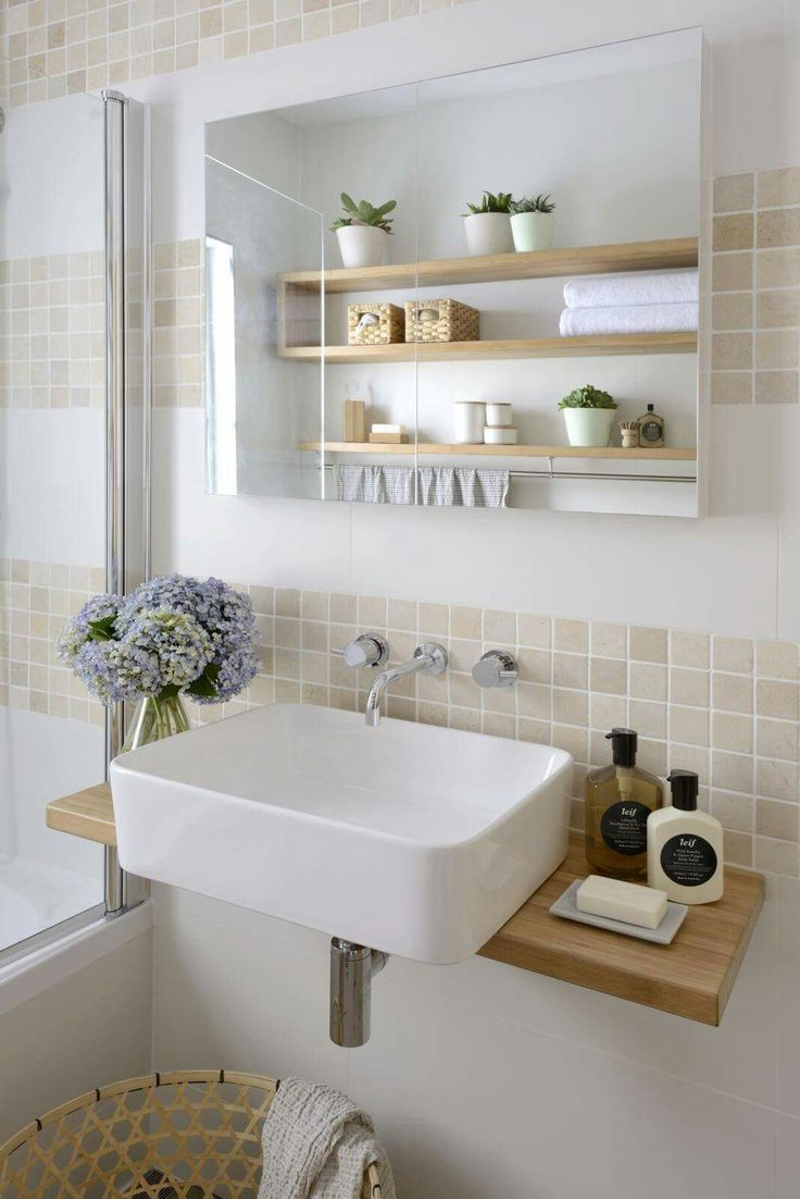 Sink counter can be just this simple #simplebathroomdesigns