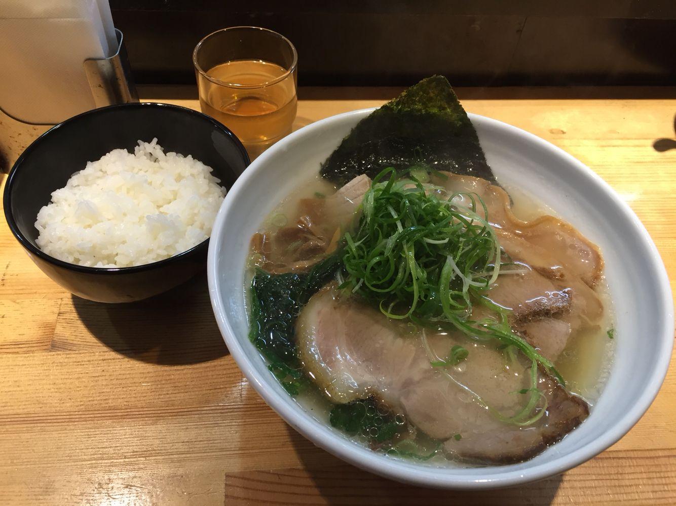 ラーメン 巌哲/肉塩 | 麺‼︎ | Pinterest | ラーメン、麺、グルメ