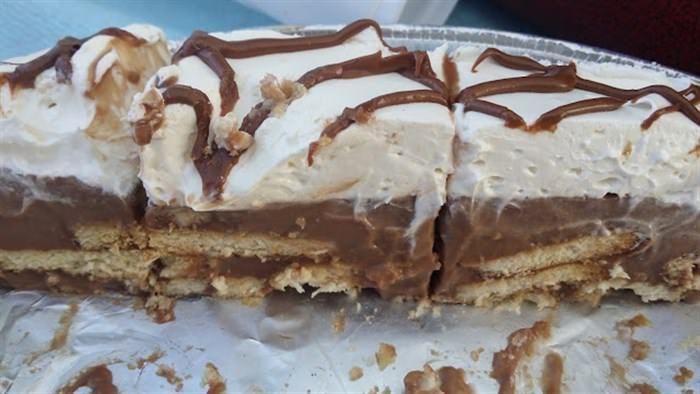Τούρτα δίχρωμη με μπισκότα ζαχαρούχο και μερέντα  #Γλυκά #Συνταγές