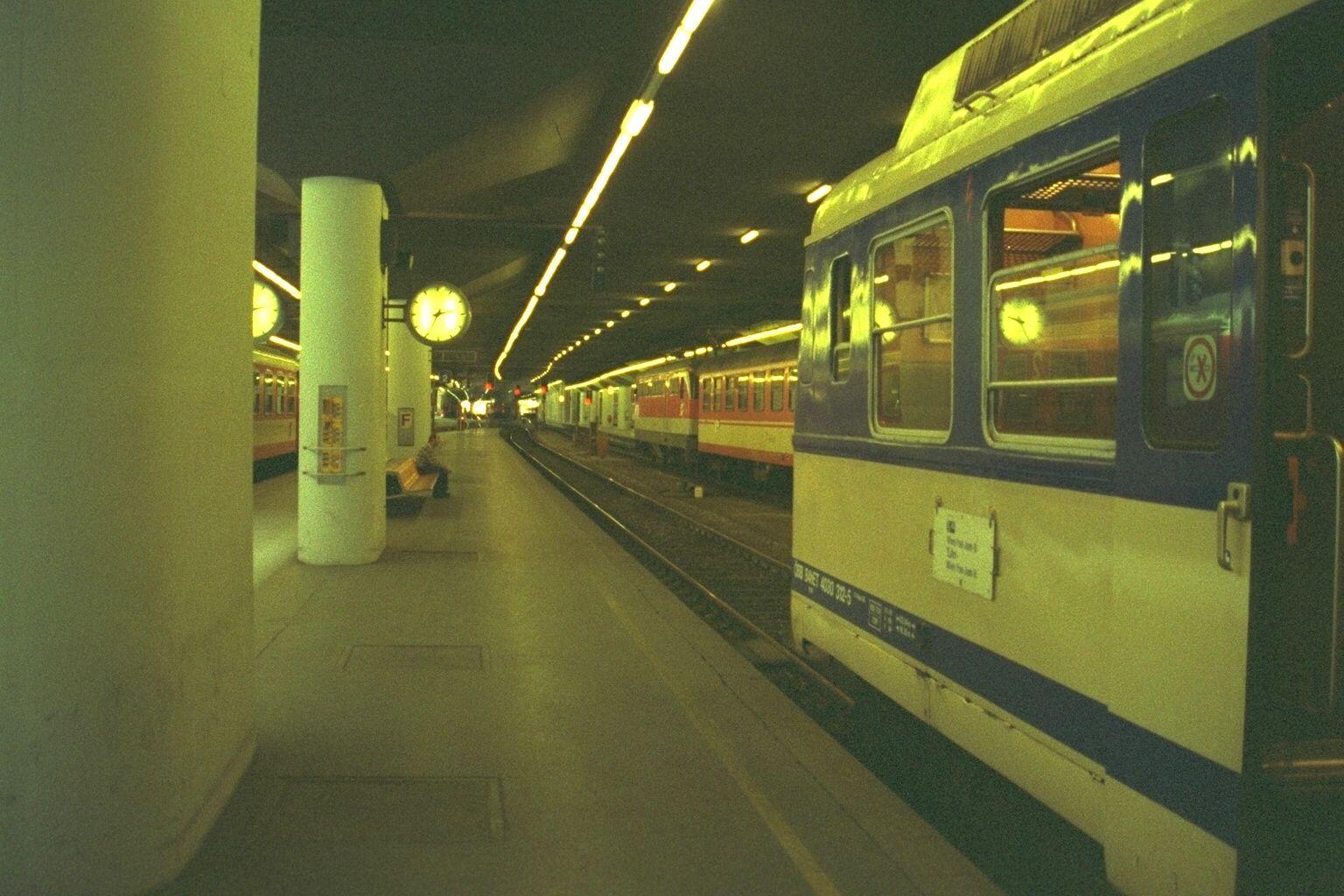 Around Vienna - Photo by Petka.