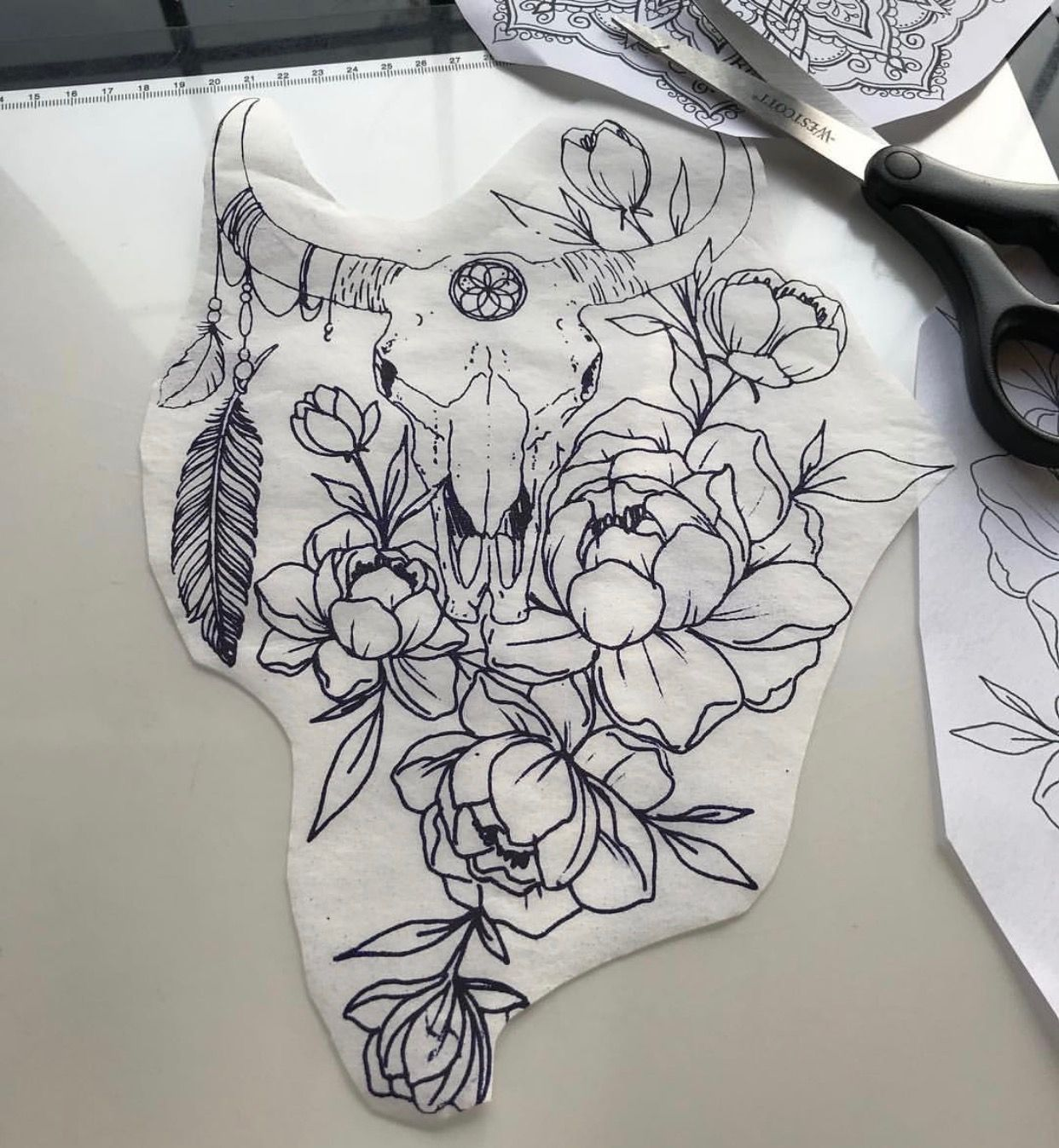 Body piercing needle  Pin by Mireya Palacios on tattoos  Pinterest  Tattoo Piercings