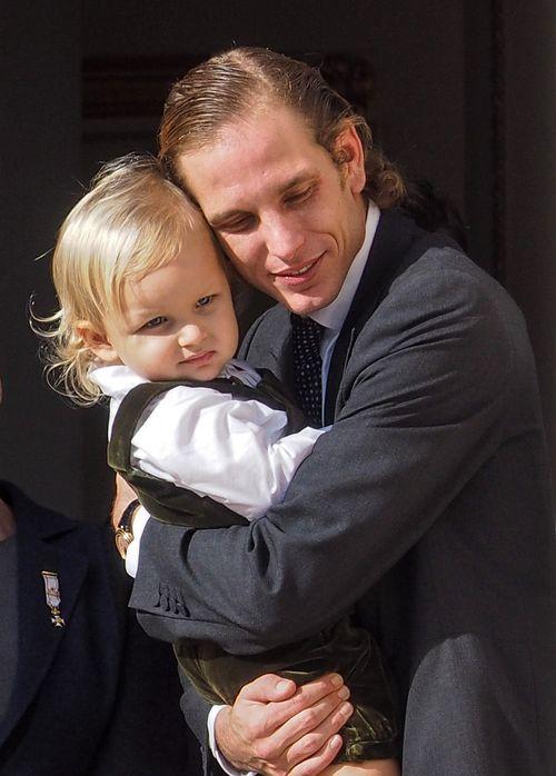 Andrea Casiraghi, cariñoso con su hijo Sasha en el Día Nacional de Mónaco 2014: La Familia Real de Mónaco en imágenes en Bekia