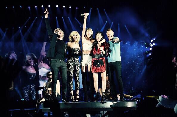 Taylor and Little Big Town #1989TourPittsburgh