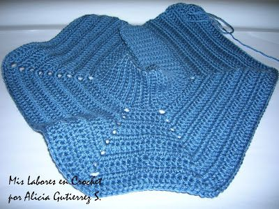 Mis labores en Crochet: Paso a paso del suéter para mascotas.