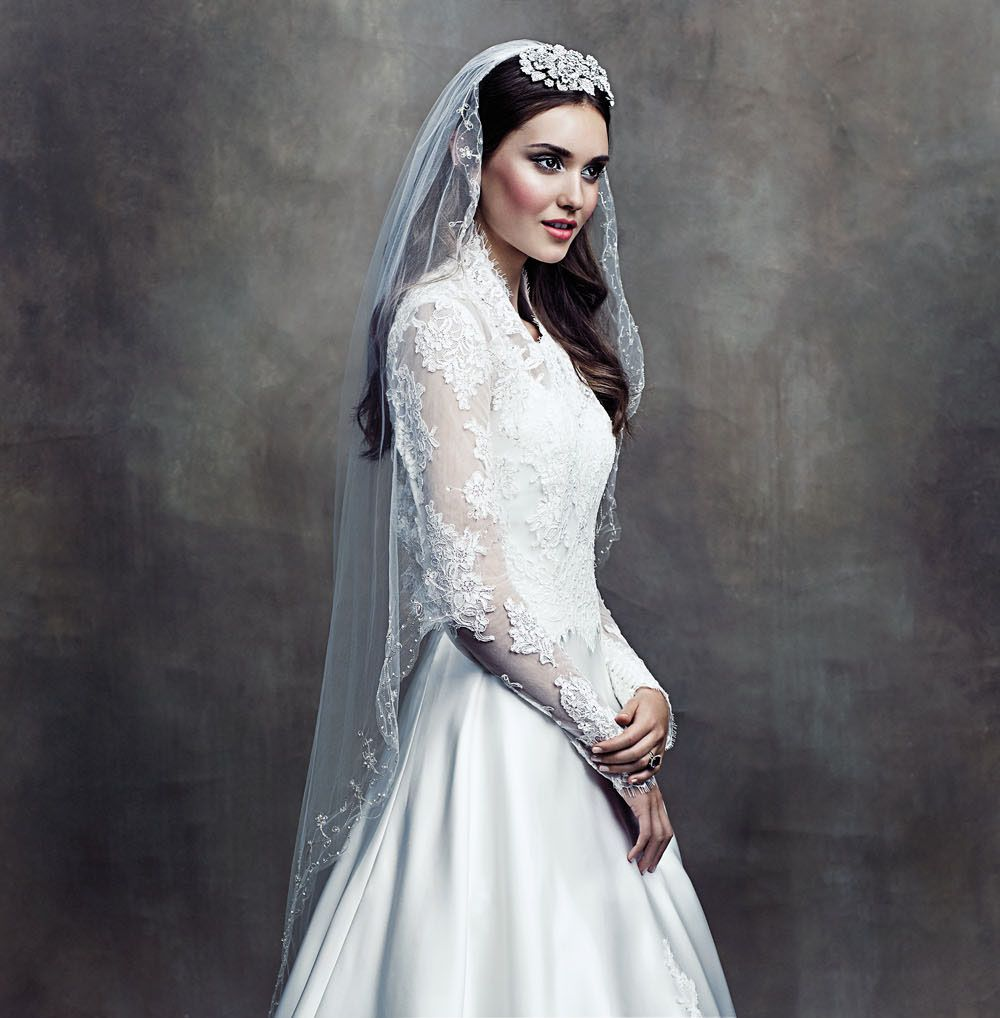 Sarah burton kate middleton wedding dress  Modern Wedding Looks Inspired By The Most Stylish Celebrity Brides
