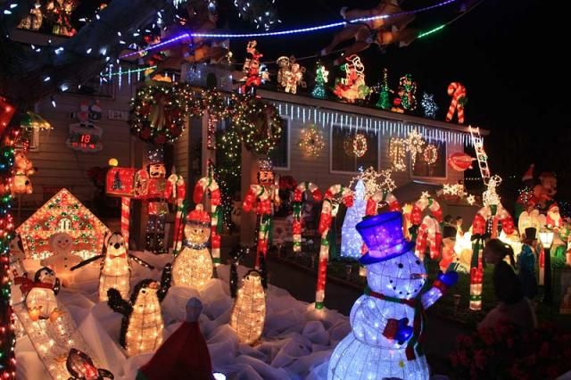 the rombeiro christmas house in novato you have to see it to believe it - Bay Area Christmas Events