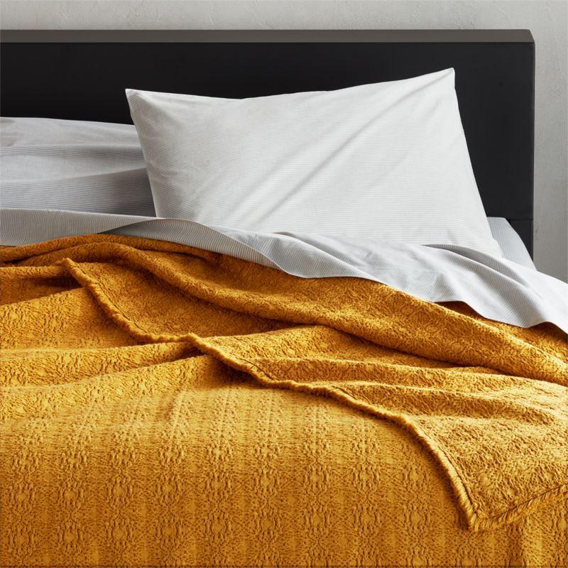 Prelada Golden Full Queen Blanket Reviews Cb2 Queen Blanket Cotton Blankets Unique Blankets