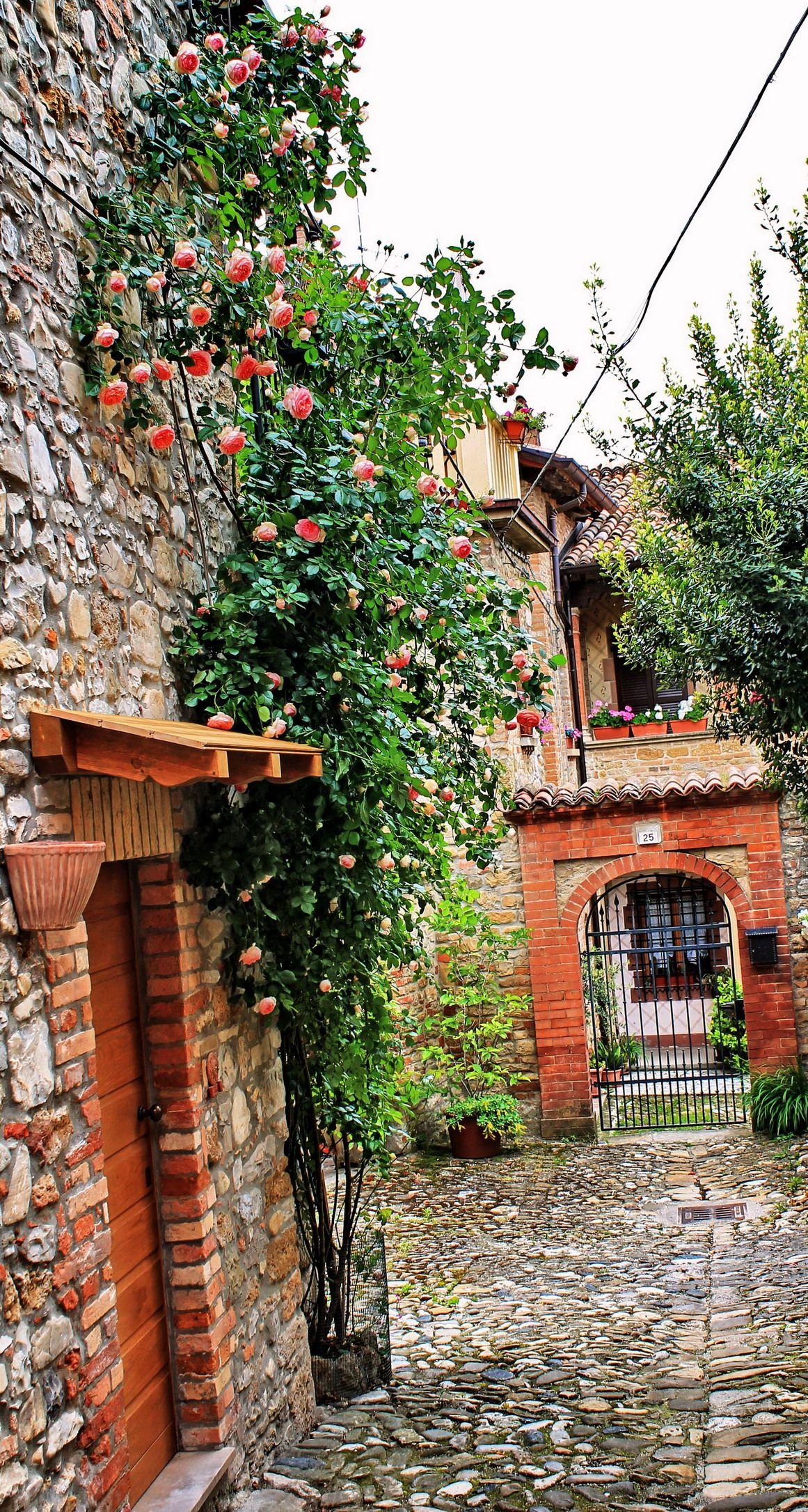 CASTELL\'ARQUATO (Emilia-Romagna) - Italy - by Guido Tosatto ...